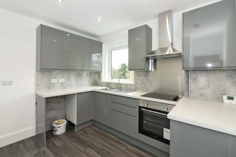 3 bedroom apartment to rent - St. Michaels Road, Worthing