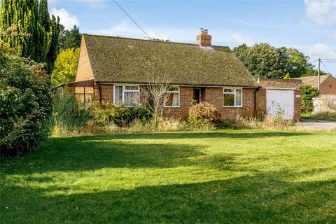 3 bedroom detached bungalow for sale - Deacons Lane, Hermitage, Thatcham, Berkshire, RG18