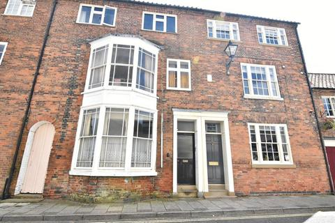 Studio to rent - Westgate, Louth