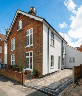 4 bedroom semi-detached house to rent - Springfield Road, Tunbridge Wells
