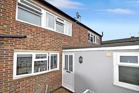2 bedroom terraced house for sale - Cedar Drive, Edenbridge