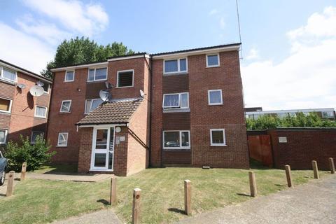 1 bedroom flat for sale - Makepeace Road, Northolt