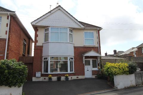2 bedroom apartment for sale - Lower Flat,  Bingham Road, Bournemouth