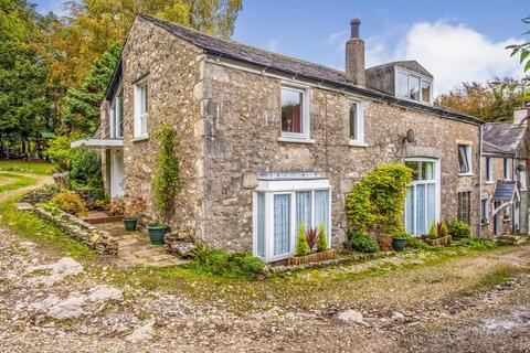 4 bedroom character property for sale - A beautiful 4 bed characterful home
