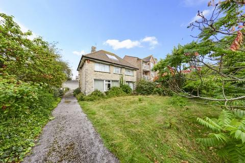 4 bedroom detached house for sale - Westerhall Road, Weymouth, DT4