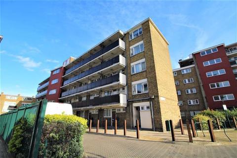 1 bedroom flat for sale - Charlesworth House, Poplar, London