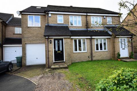 4 bedroom semi-detached house for sale - Osbourne Drive, Queensbury, Bradford