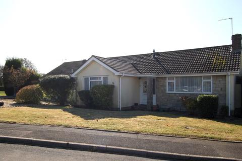 3 bedroom bungalow for sale - D'Urberville Drive, Swanage, BH19