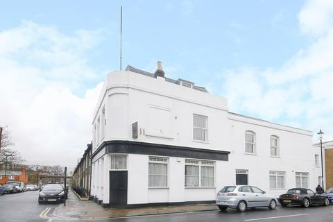 2 bedroom property to rent - Friendly Street, London, SE8
