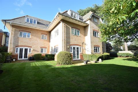 2 bedroom apartment for sale - Holdenhurst Road, Bournemouth