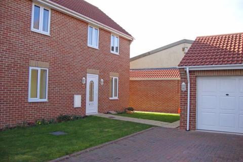 3 bedroom house to rent - Farrfield, Upper Stratton