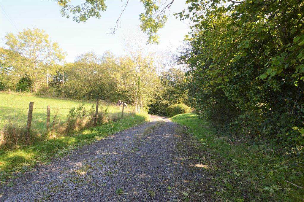 Country lane access