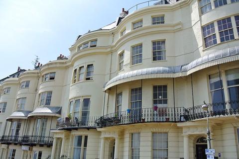 Studio to rent - Regency Square,Brighton BN1 2FG