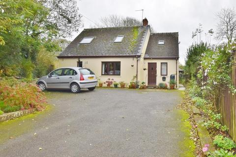 3 bedroom detached bungalow for sale - 13 St. Davids Road, Letterston, Haverfordwest