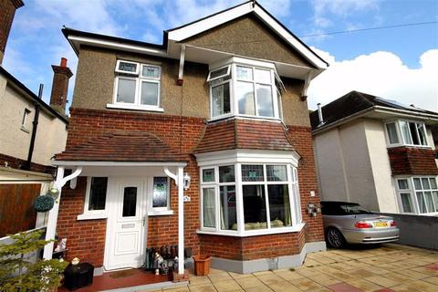 3 bedroom detached house for sale - Castle Lane West, Bournemouth