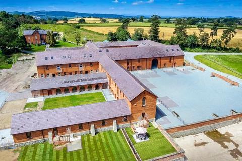 3 bedroom barn conversion for sale - Forden, Welshpool