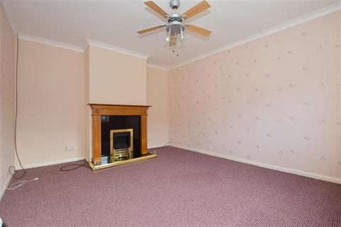 2 bedroom terraced house for sale - Guildford Avenue, Westgate-On-Sea, Kent