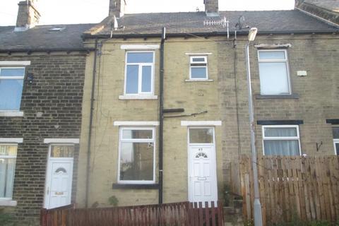 3 bedroom terraced house to rent -  Helmsley Street,  Bradford, BD4