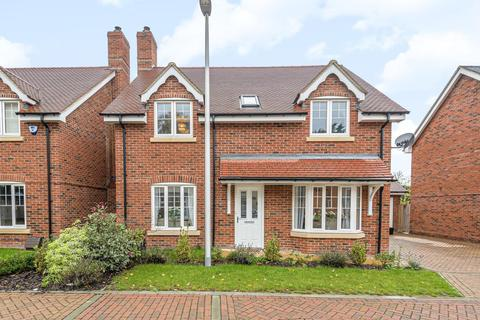 4 bedroom detached house to rent - The Pippins, Swallowfield, Reading, RG7