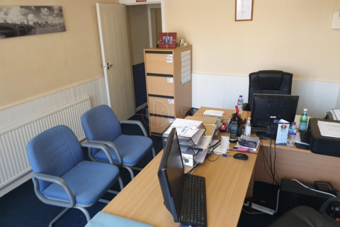 Office to rent - Queens Road , Sheffield S2
