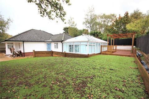 4 bedroom bungalow for sale - Albert Road, Corfe Mullen, Wimborne, Dorset, BH21