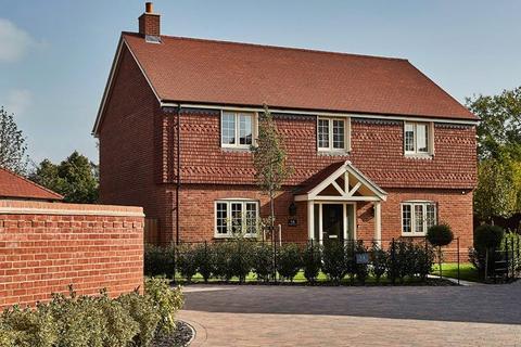 5 bedroom detached house for sale - Estone Grange, Chapel Drive, Aston Clinton, Bucks, HP22