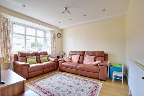 3 bedroom terraced house to rent - Burleigh Road, Hillingdon, Middlesex UB10 9BG