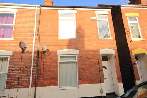 3 bedroom terraced house to rent - Brazil St, Hull, HU9