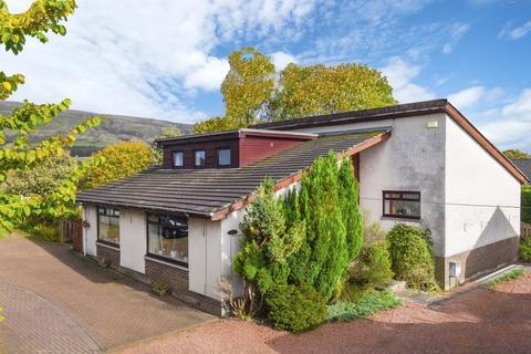5 bedroom detached bungalow for sale - 18 Hillside Terrace, Milton Of Campsie, G66 8BP
