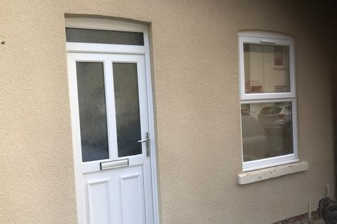 2 bedroom terraced house to rent - New Street, Gloucester GL1