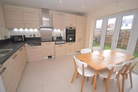 4 bedroom house to rent - Drake Way, Kennet Island, RG2