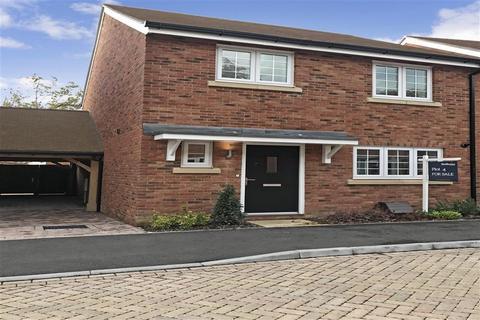 3 bedroom link detached house for sale - Rye Road, Hawkhurst, Kent