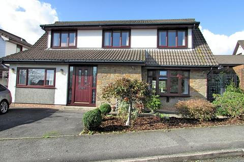 4 bedroom detached house for sale - Daphne Road, Bryncoch, Neath, Neath Port Talbot. SA10 8DU