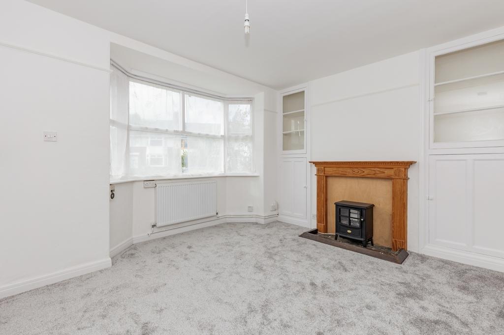882 Living Room.jpg
