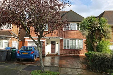 5 bedroom detached house for sale - Connaught Drive, Hampstead Garden Suburb borders