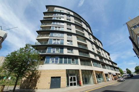1 bedroom flat to rent - WOKING,SURREY