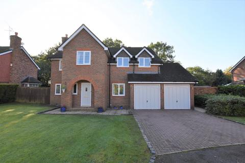 5 bedroom detached house for sale - Westmorland Close, Bowdon