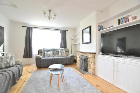 4 bedroom semi-detached house to rent - Borrowmead Road, Headington, OXFORD, OX3