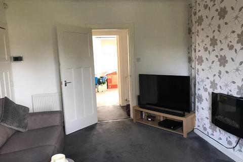 2 bedroom flat to rent - Crofton Avenue, Croftfoot, Glasgow, G44 5HY