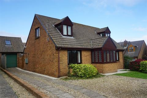 4 bedroom detached bungalow for sale - 7 Ropeyard Close, Fishguard, Pembrokeshire