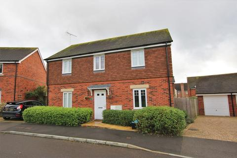 4 bedroom detached house to rent - 28 Carina Drive, WOKINGHAM, Berkshire
