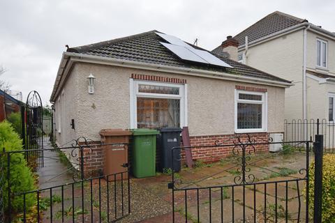 3 bedroom detached bungalow for sale - Bevis Way, King's Lynn