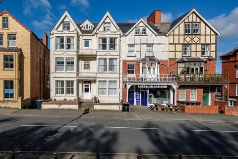 1 bedroom ground floor flat for sale - High Street, Llandrindod Wells, LD1 6AG