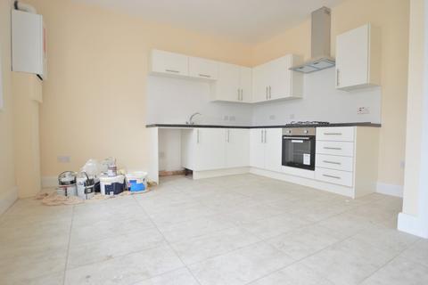 3 bedroom terraced house to rent - Bushey Road, Hayes