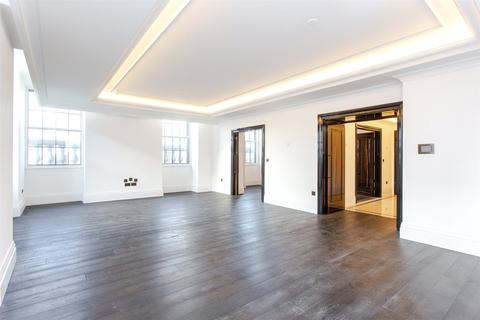 2 bedroom flat to rent - Whitehall Place, St James, SW1A