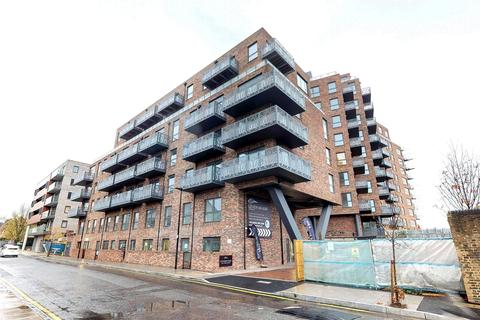 3 bedroom flat for sale - Leven Wharf, Poplar, E14