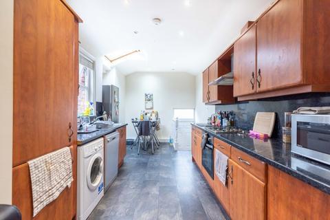 6 bedroom maisonette to rent - Lavender Gardens, Jesmond, Newcastle Upon Tyne