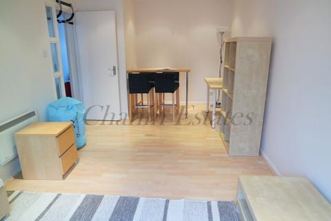 1 bedroom apartment to rent - Aland Court SE16