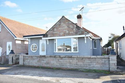 3 bedroom detached bungalow for sale - Foryd Road, Kinmel Bay