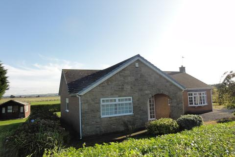 3 bedroom detached bungalow for sale - Carr Lane, Newport, HU15 2QH